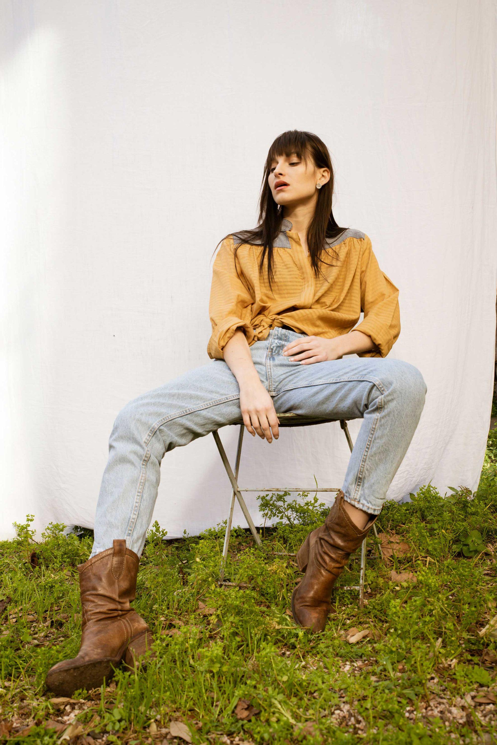 Chemise manches longues coupe droite en coton jaune