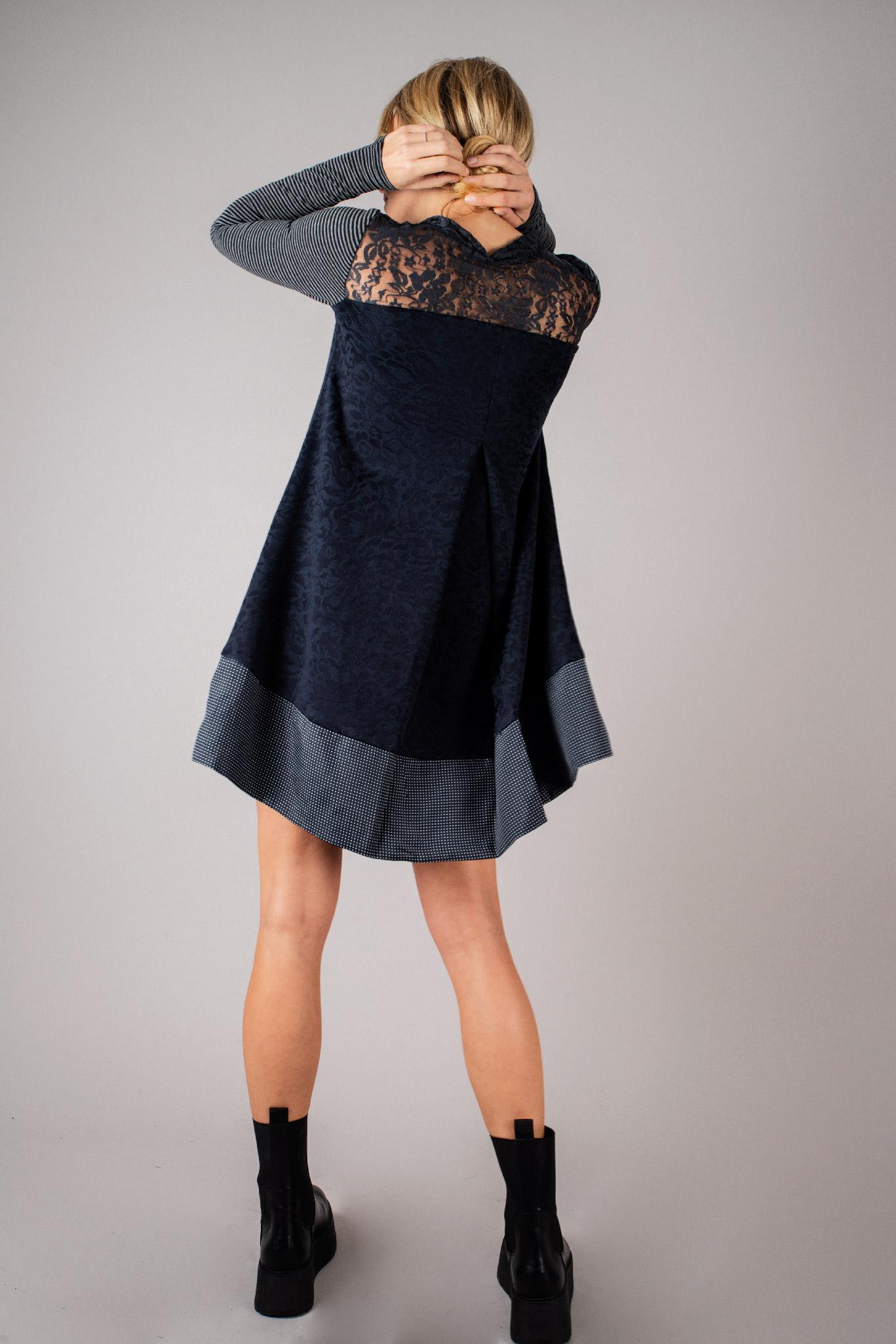 Robe Poppin's bleue marine